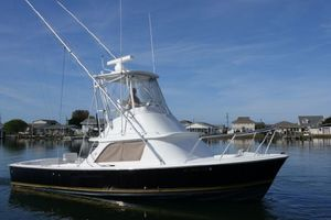 Used Bertram 31 Flybridge Cruiser Flybridge Boat For Sale