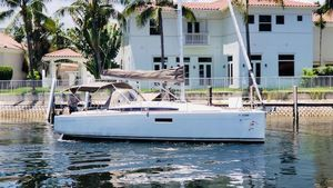 Used Jeanneau 349 Sloop Sailboat For Sale