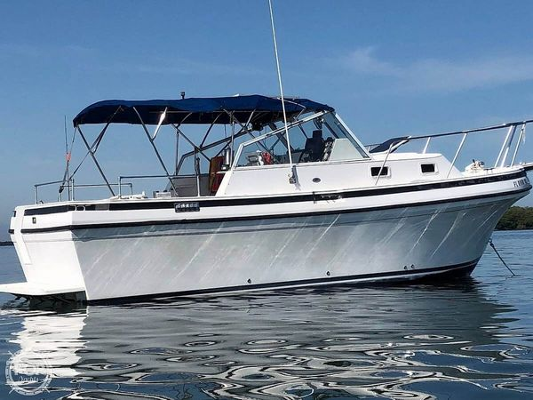 Used Albin Tournament Express 26 Walkaround Fishing Boat For Sale
