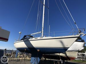 Used Canadian Sailcraft 36 CS Traditional Sloop Sailboat For Sale