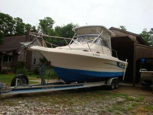 Used Pro-Line 2610 Sport Fisherman Walk Around Walkaround Boat For Sale