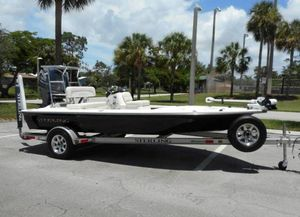Used Sterling TR7 Tunnel Hull Flats Fishing Boat For Sale