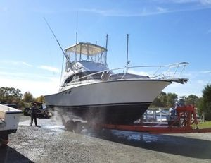 Used Luhrs 350 Tournament Sports Fishing Boat For Sale