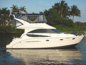 Used Meridian 341 Sedan Bridge Flybridge Boat For Sale