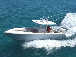 Used Jupiter 34 HSF Center Console Fishing Boat For Sale