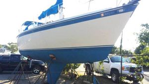 Used O-Day 34 Cruiser Boat For Sale