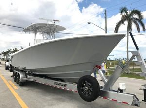 Used Contender 35ST Center Console Fishing Boat For Sale