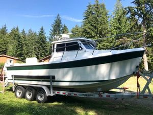 Used Osprey 26 Canyon Runner Pilothouse Boat For Sale