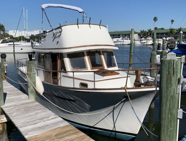 Used Albin 34 Flared Bow Trawler Boat For Sale