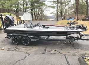 Used Skeeter FX20 LE Camo Edition Bass Boat For Sale
