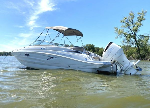 Used Crownline Eclipse E235 XS Bowrider Boat For Sale
