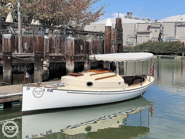 Used Elliot Bay Co 23 Cabin Launch Antique and Classic Boat For Sale