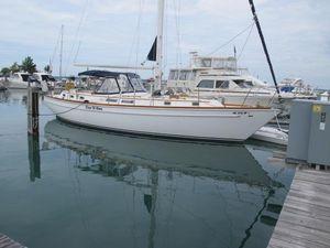 Used Gulfstar 44 Cruiser Sailboat For Sale