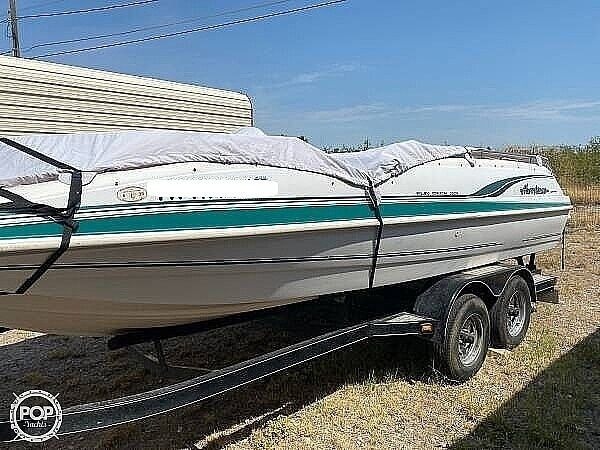 Used Hurricane Fun Deck 201 Deck Boat For Sale