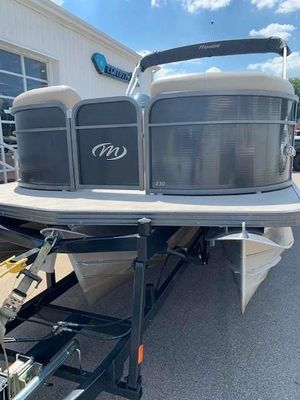 Used Manitou Oasis SHP 23 Pontoon Boat For Sale
