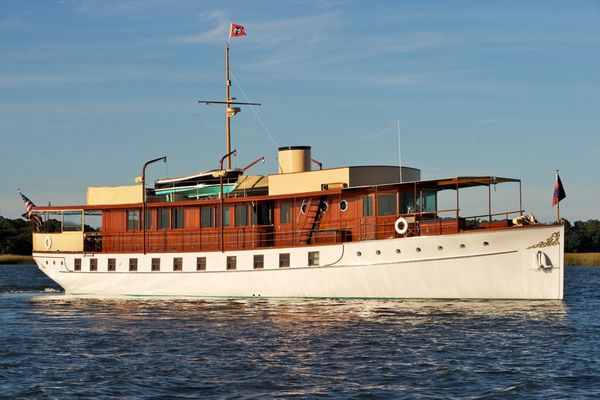 Used Mathis Trumpy Classic Motor Yacht For Sale
