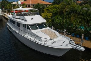 Used Hatteras Sport Deck M/Y Motor Yacht For Sale