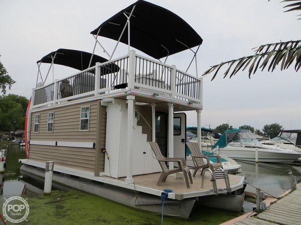 Used Custom Tritoon 33 House Boat For Sale