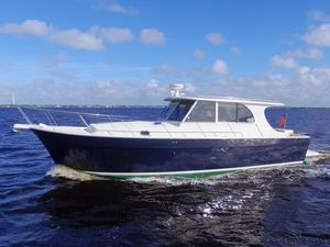 Used Mainship 430 Pilot Downeast Fishing Boat For Sale