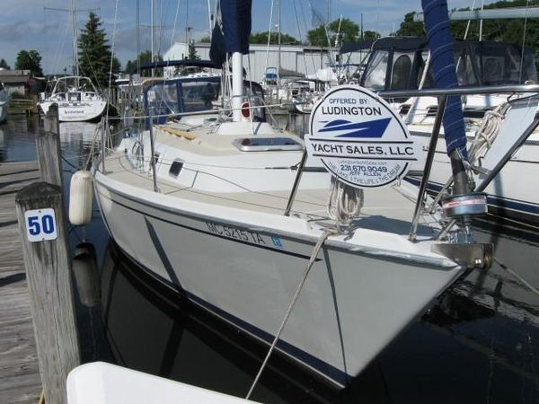 Used Ericson 32-3 Sloop Sailboat For Sale