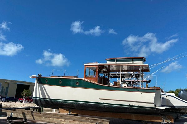 Used Express Yachting ELCO Picnic Express Antique and Classic Boat For Sale