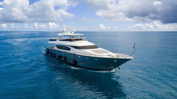 Used Maiora 95 Flybridge Boat For Sale