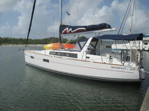 Used Beneteau Oceanis 38 Cruiser Sailboat For Sale