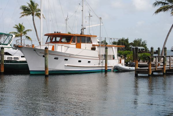 Used Marine Trader Pilot House 49 Trawler Boat For Sale