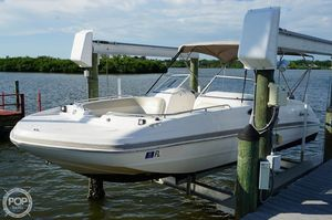 Used Hurricane 237 Sundeck Deck Boat For Sale