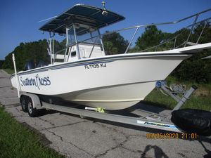 Used Edgewater 260cc Center Console Fishing Boat For Sale