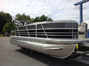 New Berkshire 20CL LE Pontoon Boat For Sale