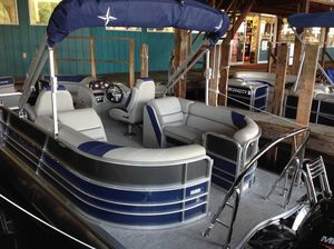 New Berkshire 22RFX LE Pontoon Boat For Sale