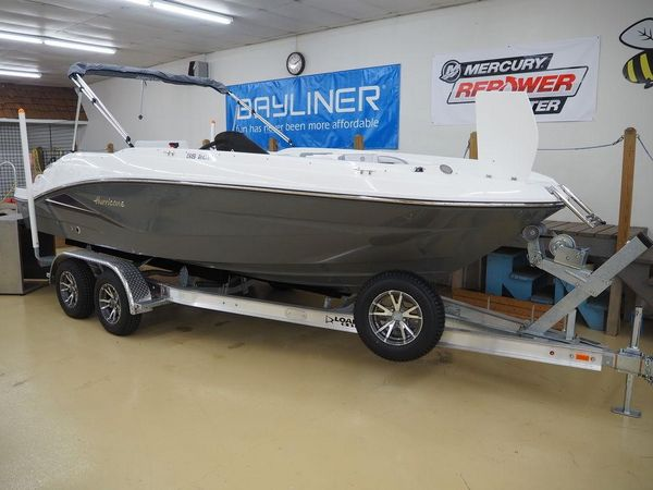 New Hurricane SS 205 IO Deck Boat For Sale