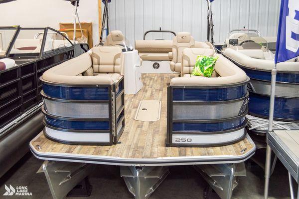 New Crest Caribbean Platinum 250 SLS Pontoon Boat For Sale