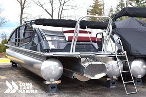 New Crest Savannah 250 SLS Pontoon Boat For Sale