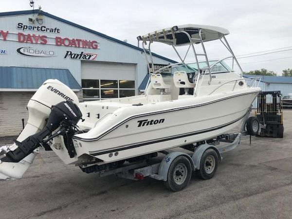 Used Triton 2486 WA Saltwater Fishing Boat For Sale