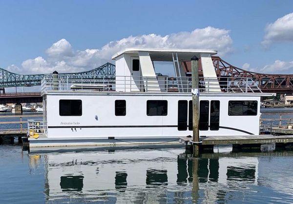Used Destination Yachts Houseboat House Boat For Sale