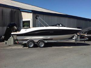 New Sea Ray 210 SPXO Ski and Fish Boat For Sale