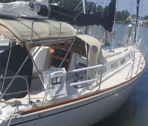 Used Pearson 38 Sloop Sailboat For Sale
