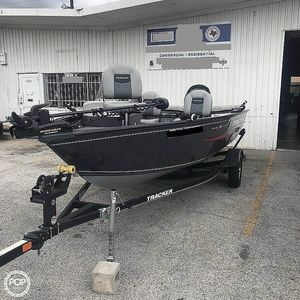 Used Tracker V-16SC Pro-Guide Bass Boat For Sale