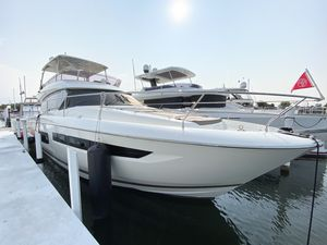 Used Prestige Yachts 550 Fly Power Cruiser Boat For Sale