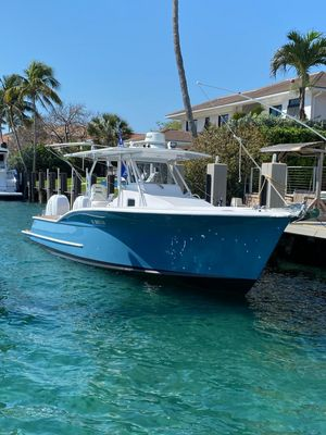 Used Custom Carolina Center Console Fishing Boat For Sale