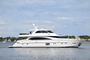Used Horizon E88 Skylounge Motor Yacht For Sale