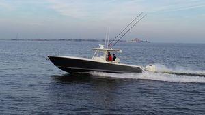 Used Jupiter 38 Jupiter HFS Center Console Fishing Boat For Sale