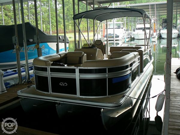 Used Harris Cruiser 240 Hydro-Therapy Pontoon Boat For Sale