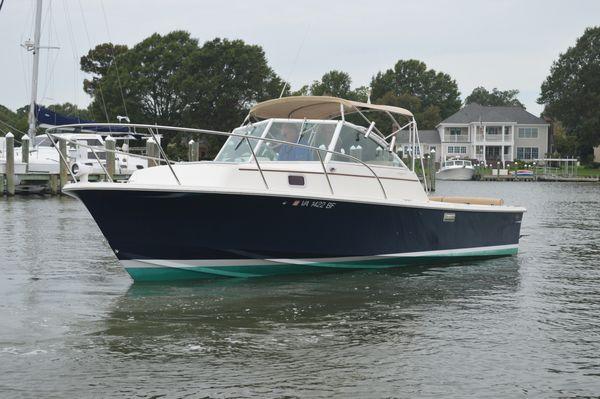 Used Hunt Yachts 25 Surf Hunter Express Cruiser Boat For Sale