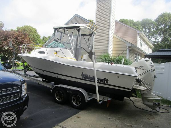 Used Wellcraft 24 Walkaround Fishing Boat For Sale
