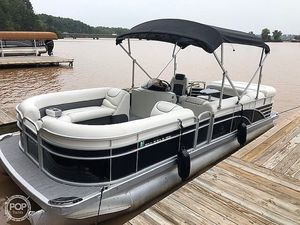 Used Bennington Gl2274 Pontoon Boat For Sale