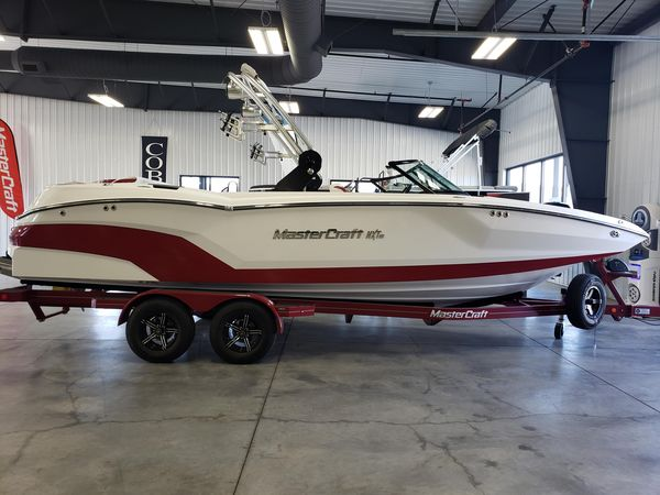 New Mastercraft NXT 24 Ski and Wakeboard Boat For Sale