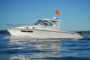Used Pursuit 355 OS Motor Yacht For Sale